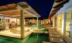 Paket Honeymoon Seminyak Bali